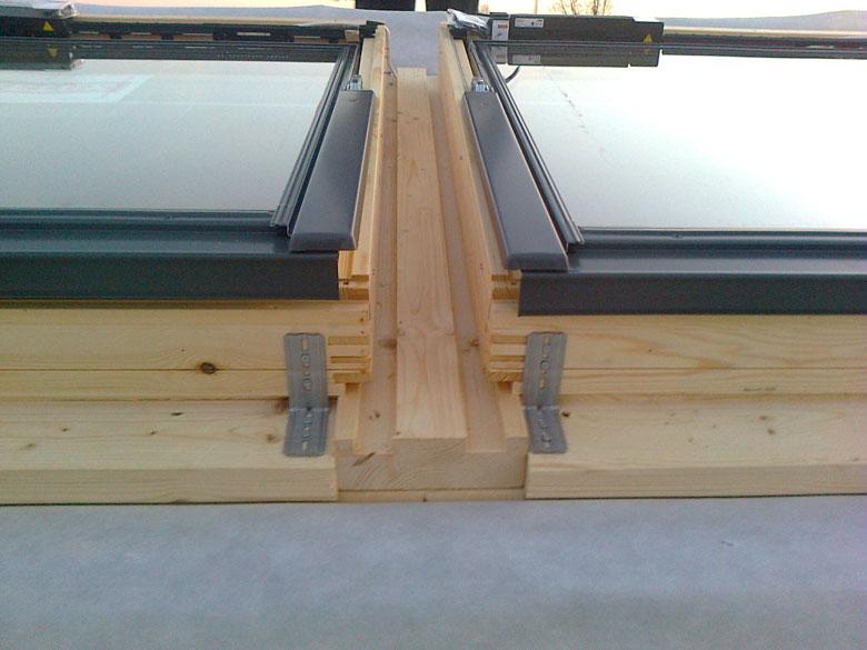 Realizzazione lucernai in legno veneta tetti for Offerte finestre velux