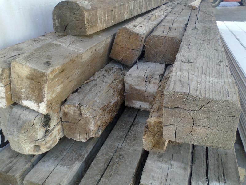 Trave legno antico
