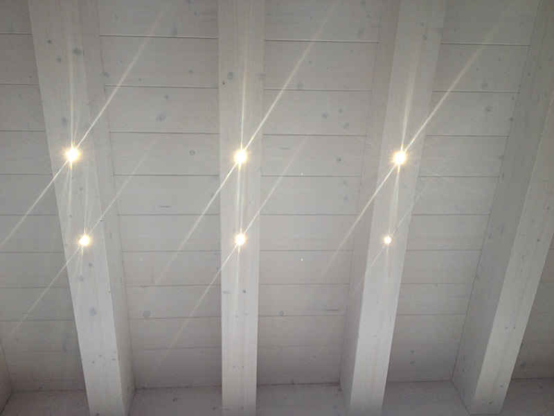 Illuminazione a LED per strutture in legno, realizzazione impianti di illuminazione a LED ...