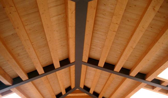 Soffitto In Legno Lamellare : Illuminazione a led per strutture in legno realizzazione impianti